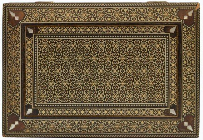 VINTAGE ARABESQUE BONE INLAID TABLE BOX - 7