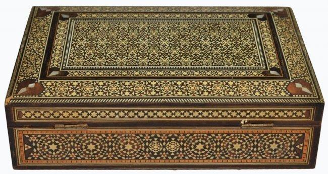 VINTAGE ARABESQUE BONE INLAID TABLE BOX - 8