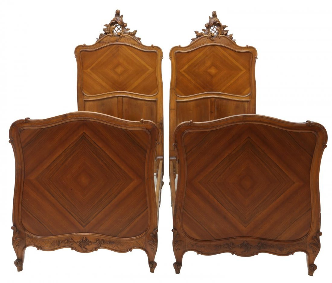 (2) FRENCH LOUIS XV STYLE CARVED SINGLE BEDS 19THC - 3