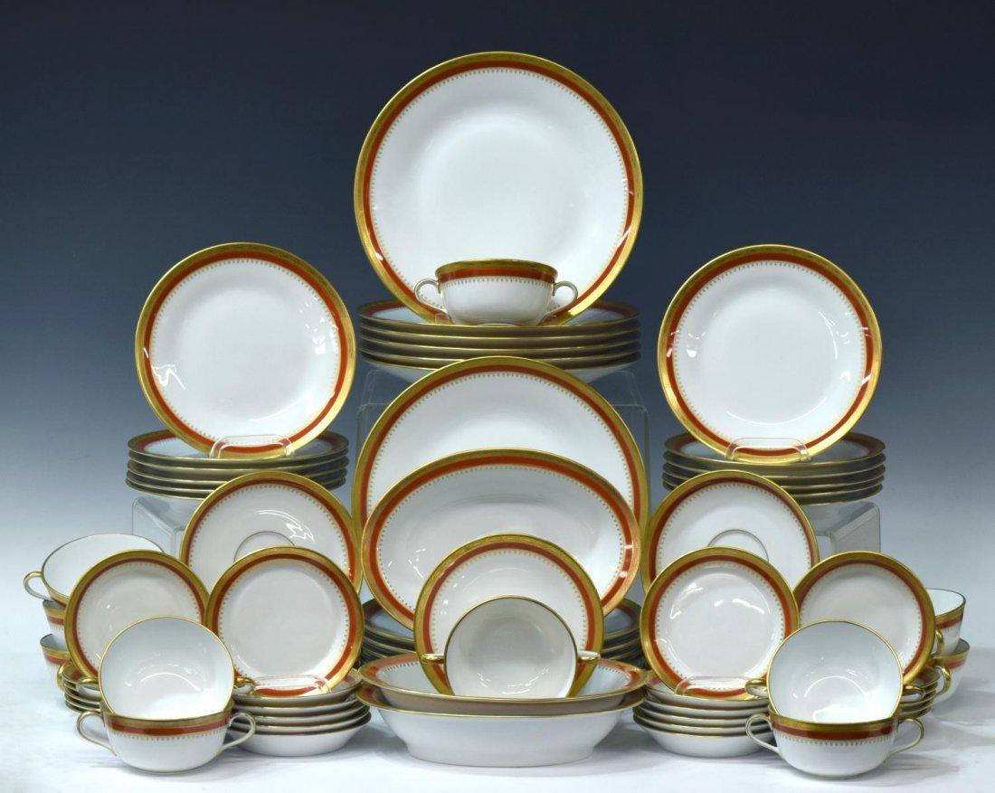 (76) ITALIAN RICHARD GINORI PORCELAIN DINNER SET