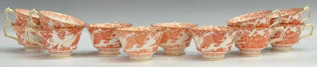 (31) ROYAL CROWN DERBY 'RED AVES' DINNER SERVICE - 5