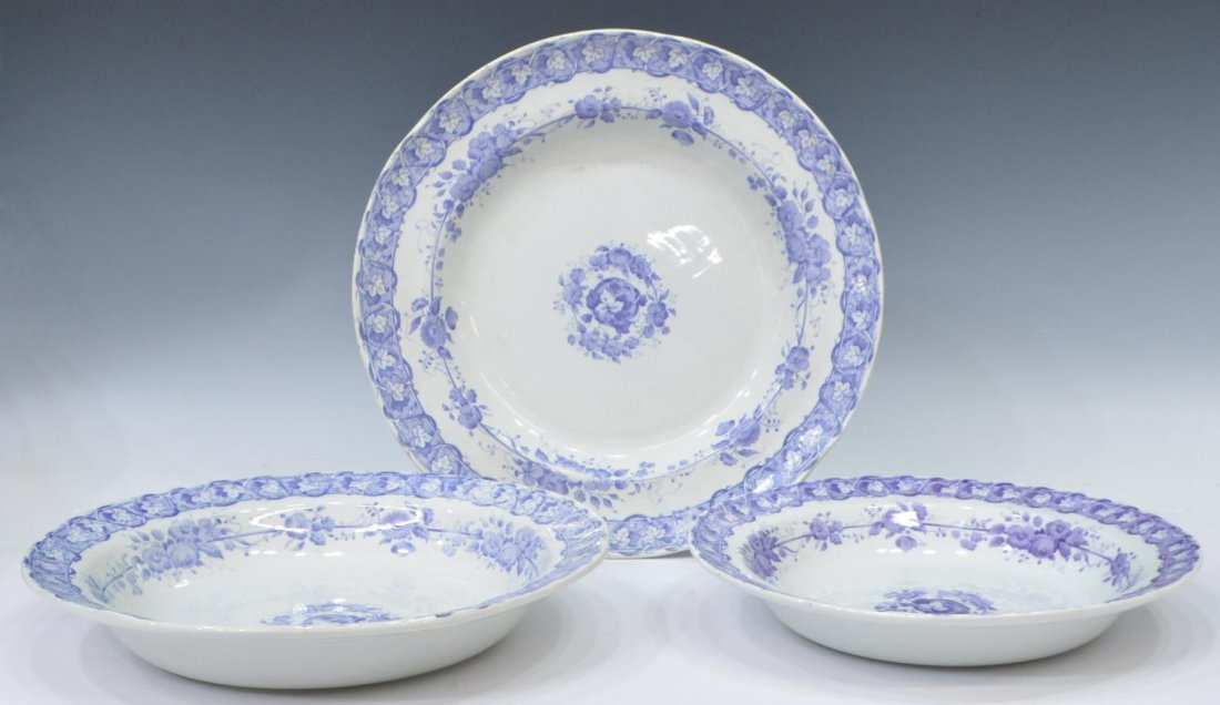 (92) COUNTRY FRENCH CERAMIC DINNER SERVICE - 5