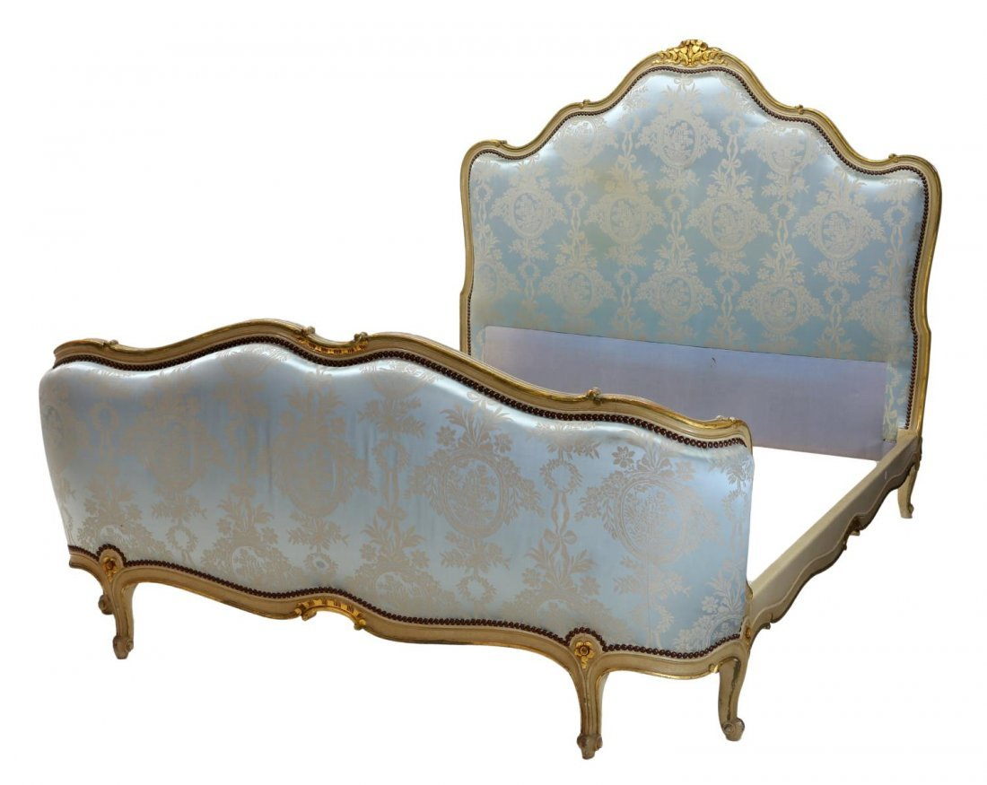 FRENCH LOUIS XV STYLE UPHOLSTERED BED, 20TH C