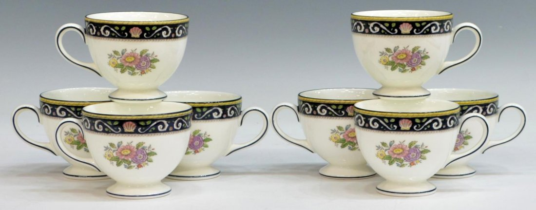 (38) ENGLISH WEDGWOOD 'RUNNYMEDE' DINNER SERVICE - 6