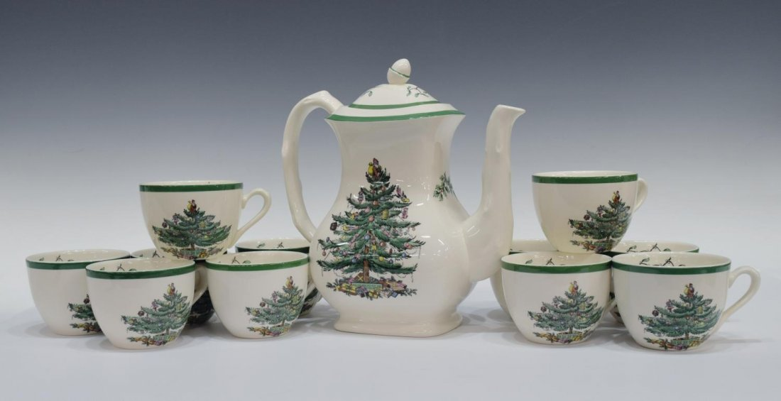 (89) EXTENSIVE SPODE CHRISTMAS TREE DINNER SERVICE - 5