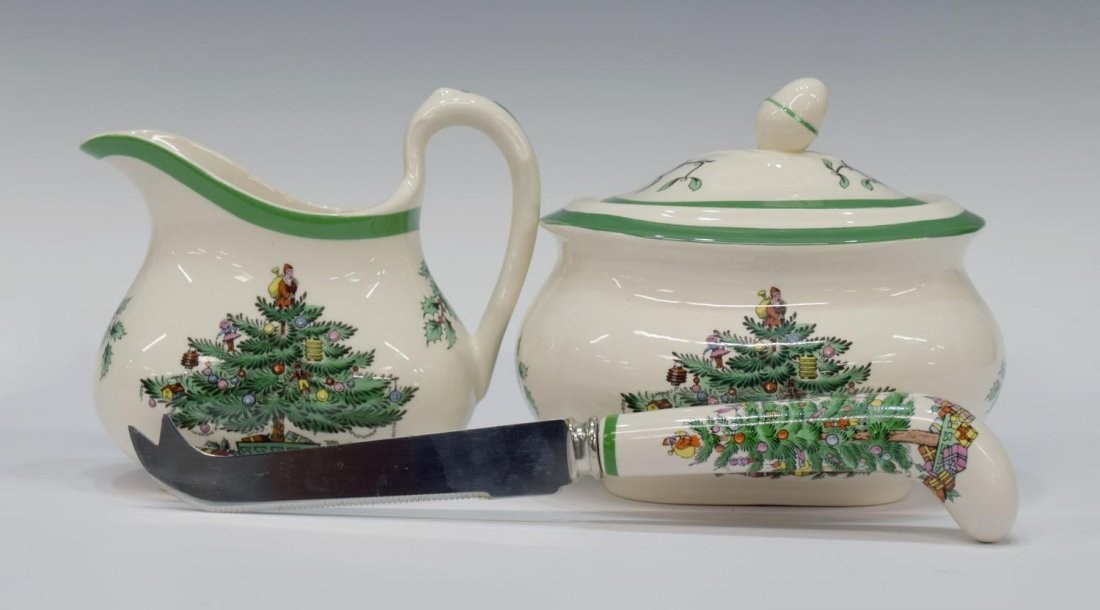 (89) EXTENSIVE SPODE CHRISTMAS TREE DINNER SERVICE - 6
