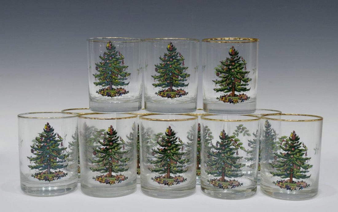 (89) EXTENSIVE SPODE CHRISTMAS TREE DINNER SERVICE - 7