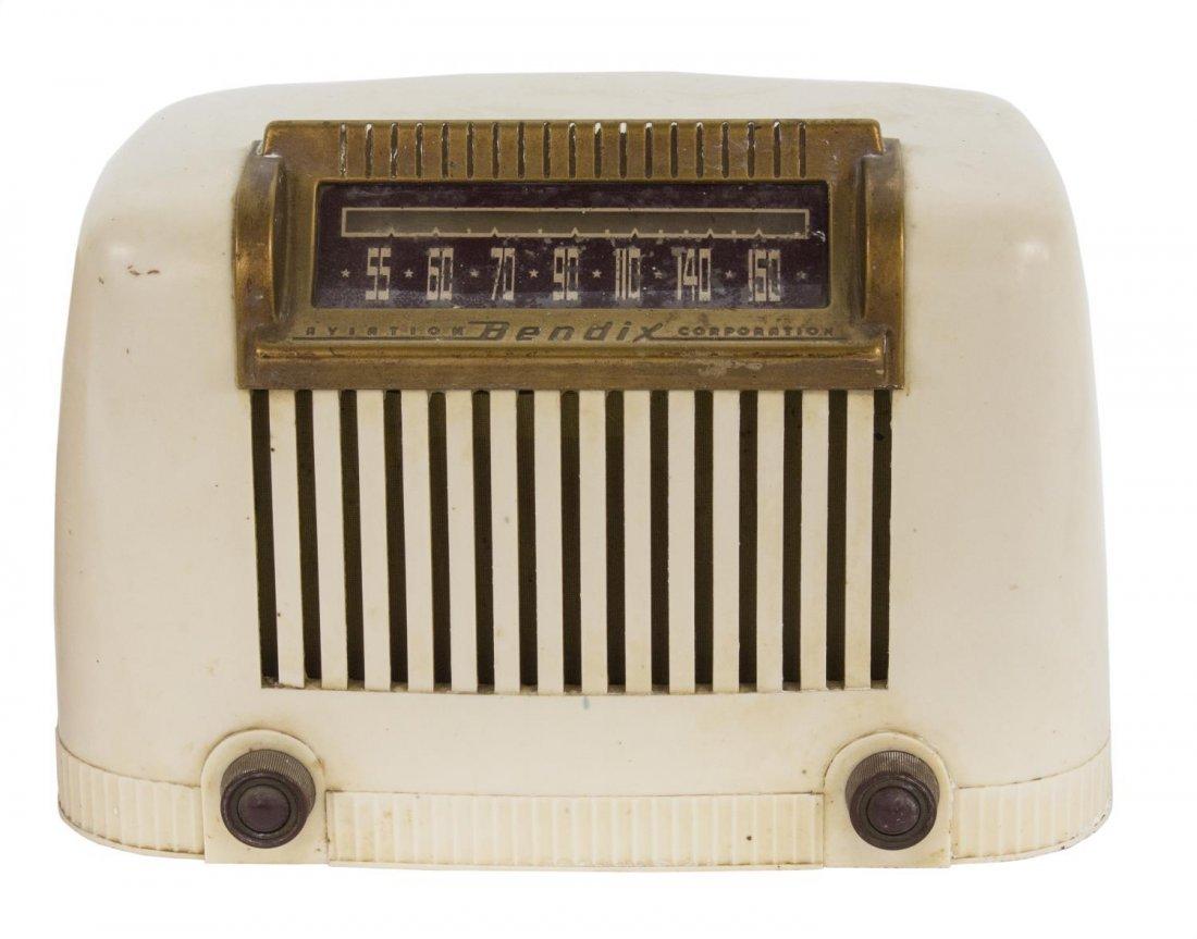 (2) FADA MODEL 711 CATALIN & BENDIX 111W RADIOS - 3