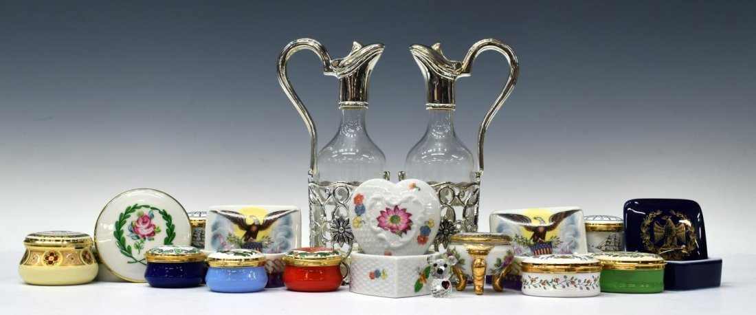 (15) COLLECTION OF DECORATIVE GIFTWARE ITEMS
