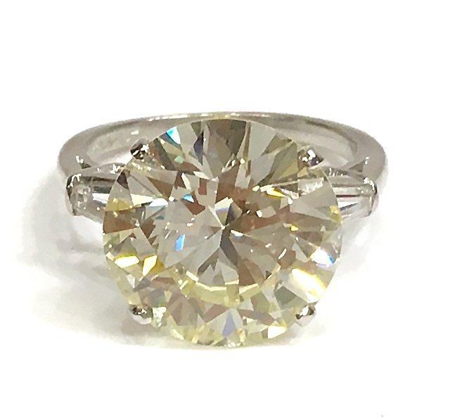 LADIES ESTATE PLATINUM & 7.10 CT GIA DIAMOND RING