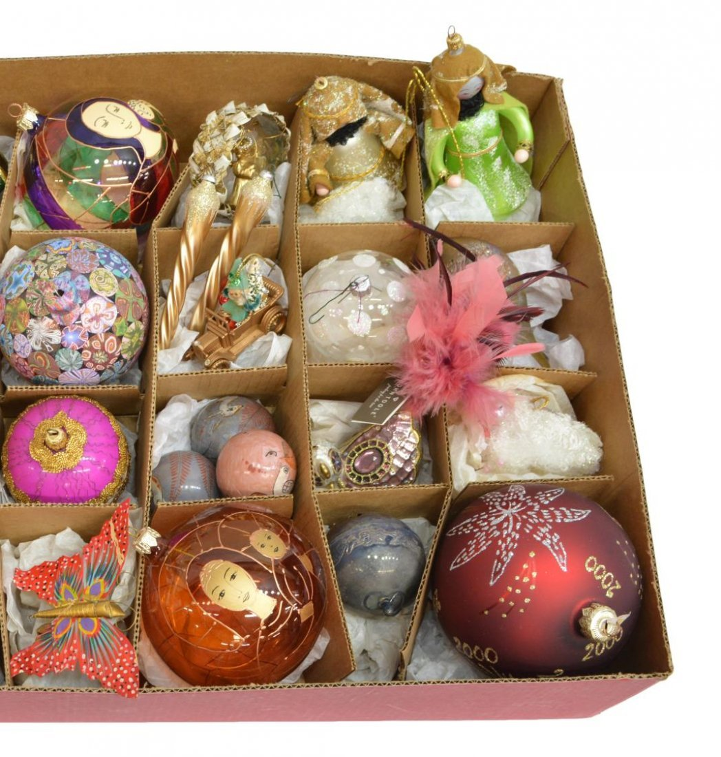 (34) CHRISTOPHER RADKO & OTHER CHRISTMAS ORNAMENTS - 4