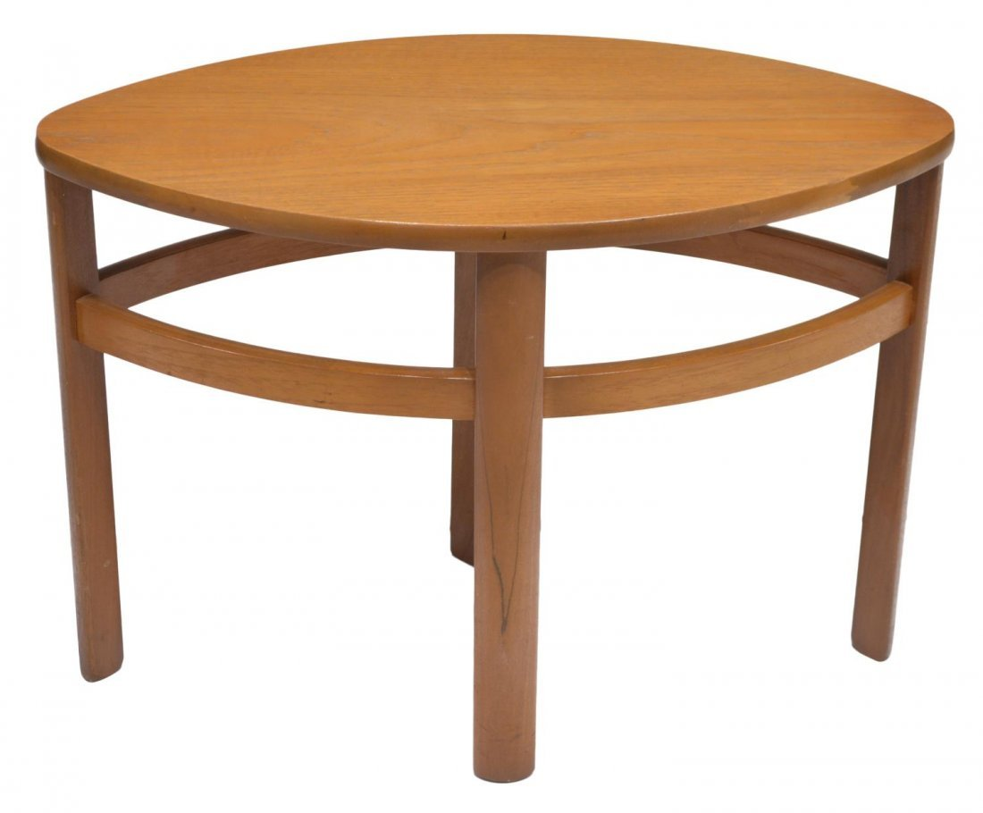 ENGLISH MID-CENTURY MODERN STYLE NESTING TABLES - 4