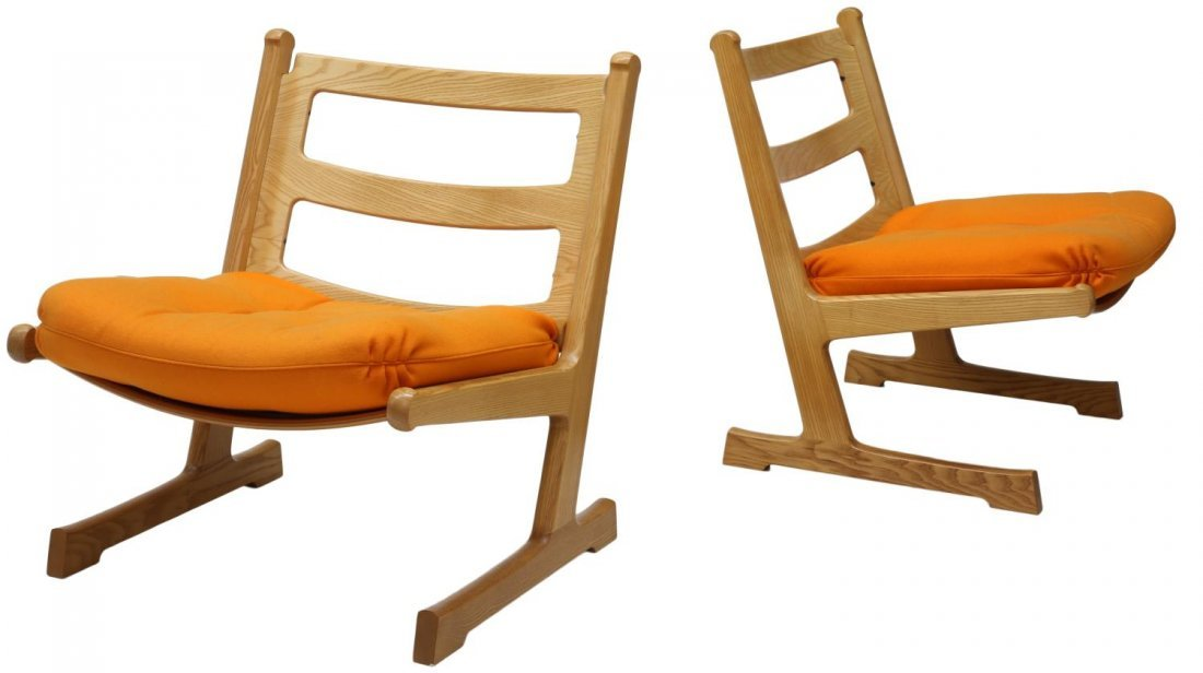 (2) DANISH MID-CENTURY MODERN OAK LOUNGE CHAIRS - 2