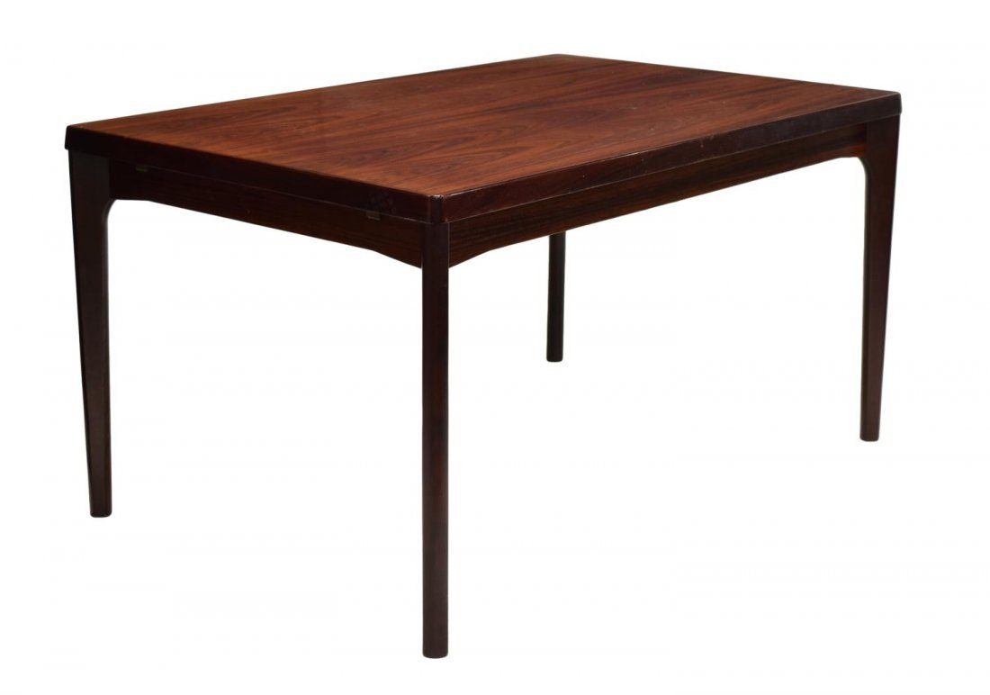 DANISH MID-CENTURY MODERN ROSEWOOD DINING TABLE