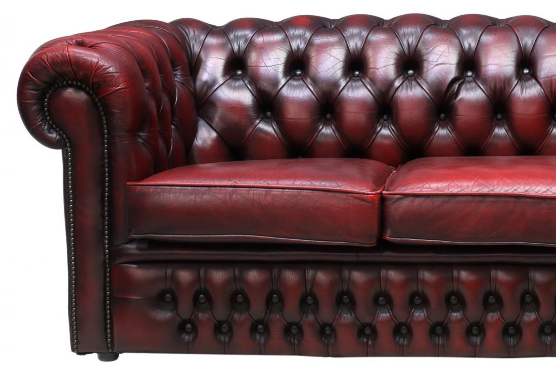 ENGLISH CHESTERFIELD OXBLOOD LEATHER TUFTED SOFA - 3