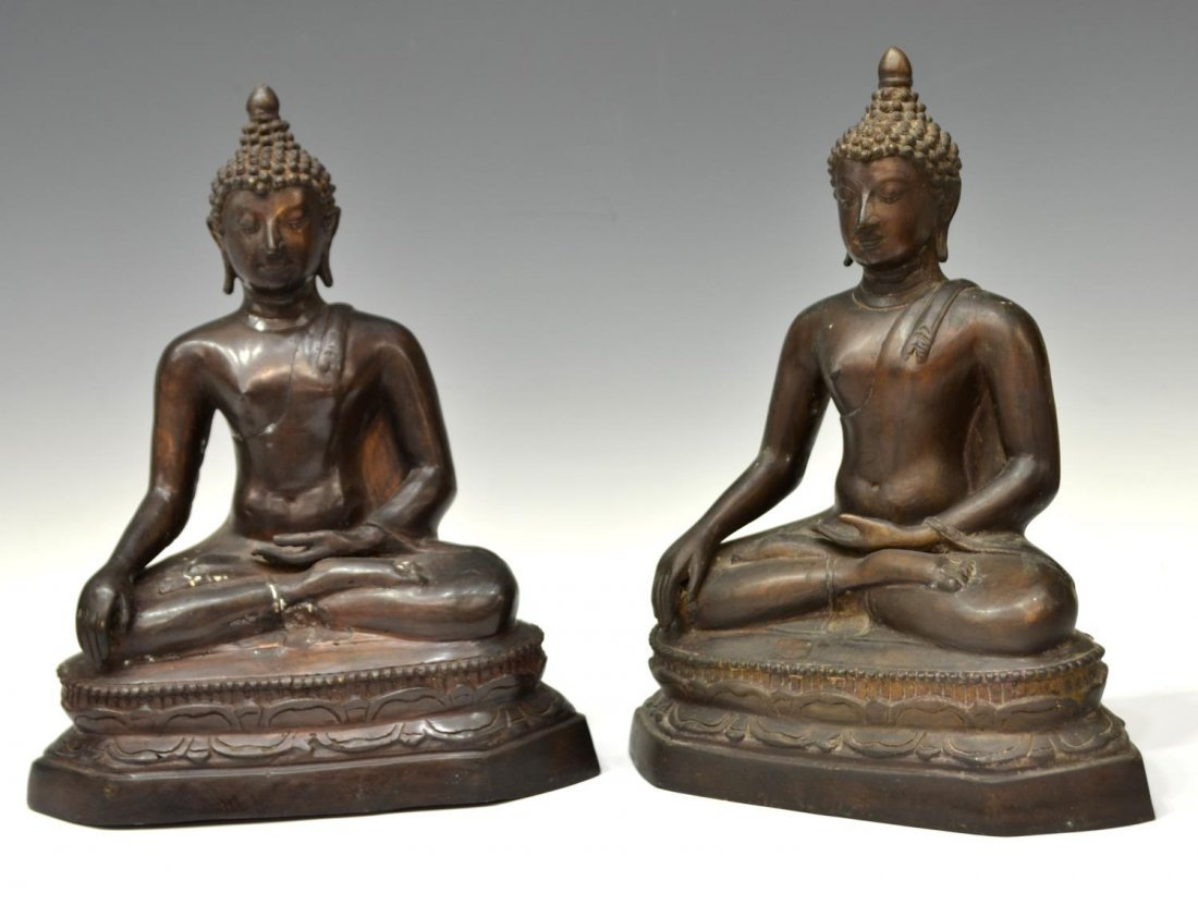 (2) THAI PATINATED BRONZE SEATED BUDDHA STATUES