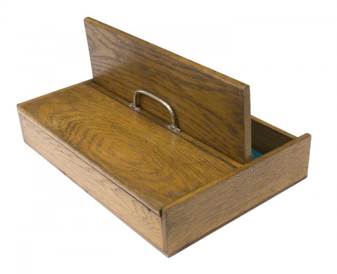 EDWARDIAN TWO DOOR OAK CUTLERY BOX - 3