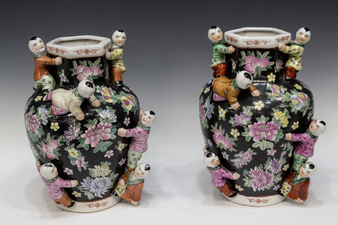 (PAIR) CHINESE FAMILLE-NOIR SEVEN CHILDREN VASES