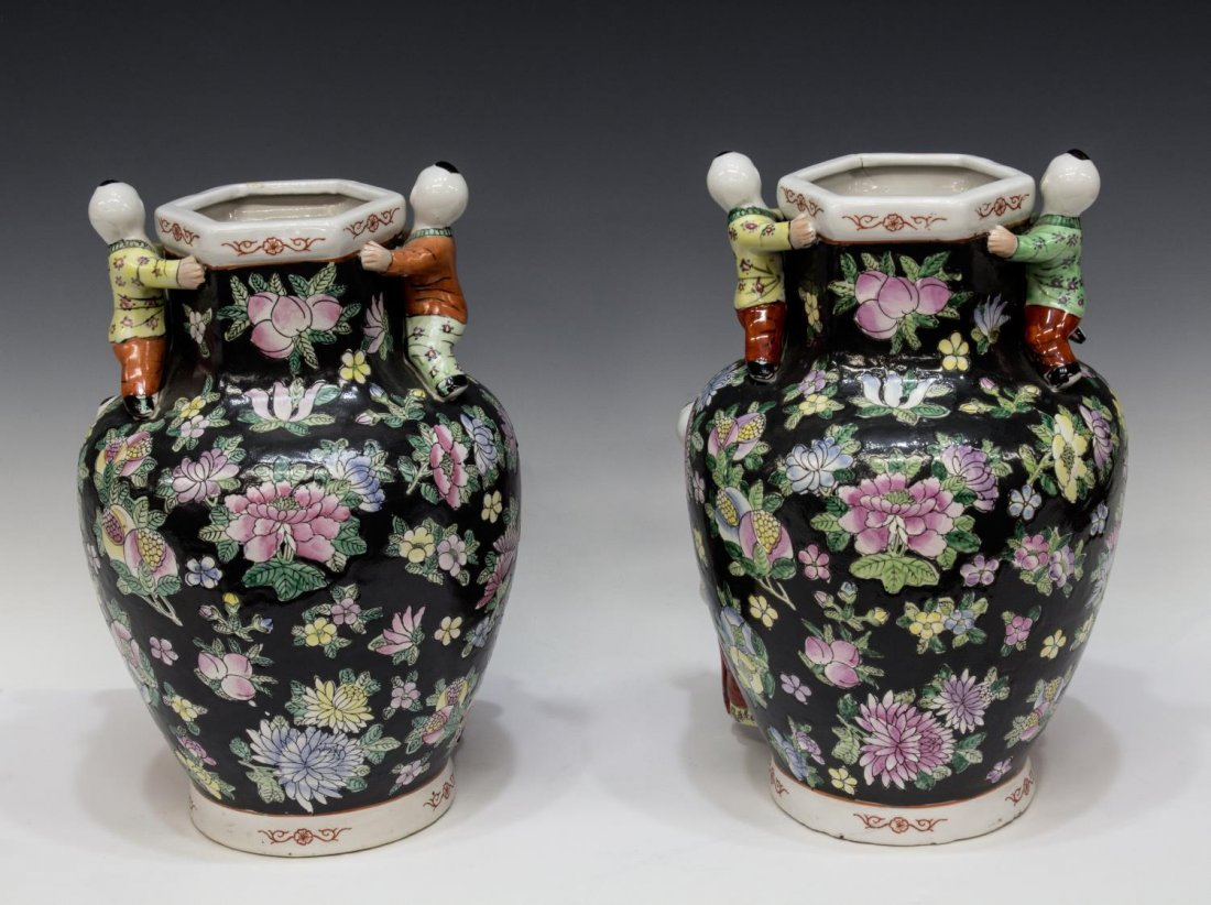 (PAIR) CHINESE FAMILLE-NOIR SEVEN CHILDREN VASES - 2