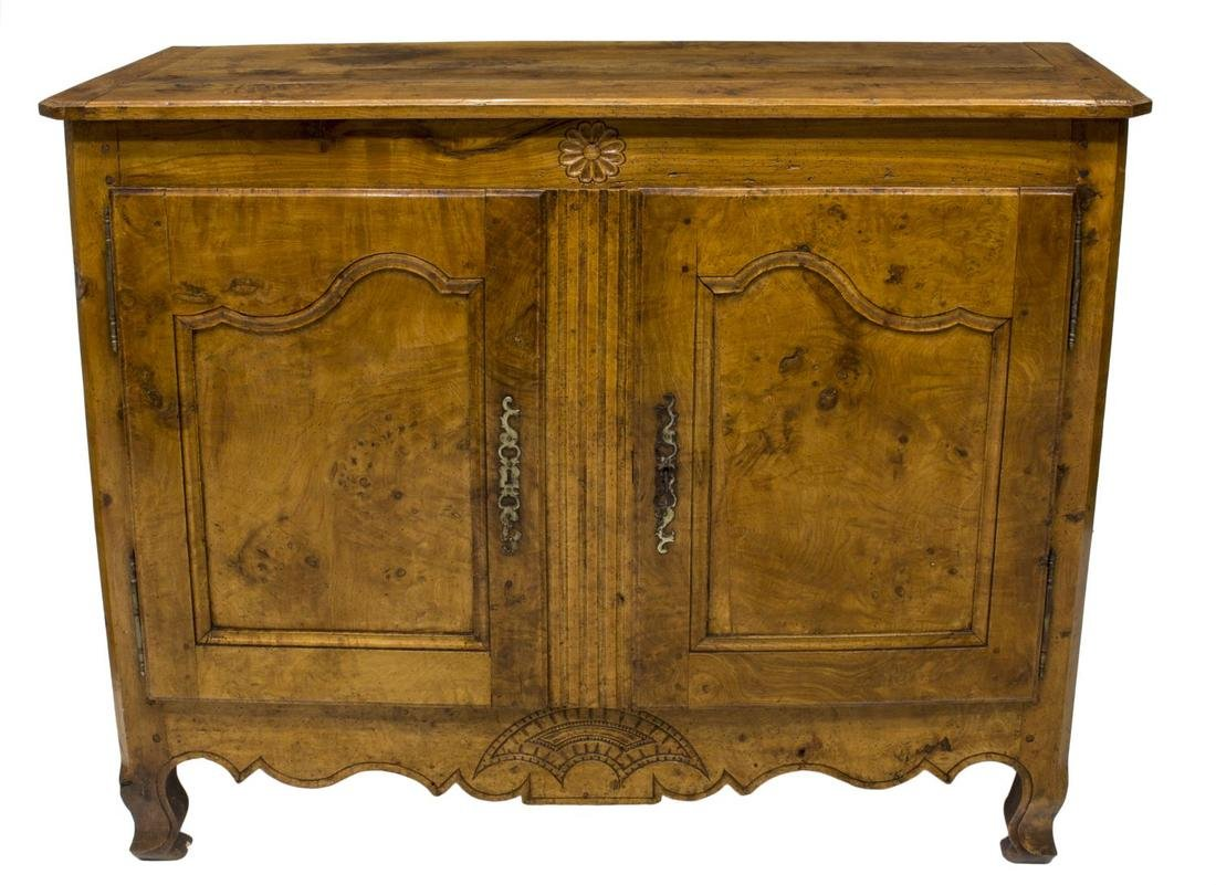 FRENCH LOUIS XV, 18TH C. SIDEBOARD - 3