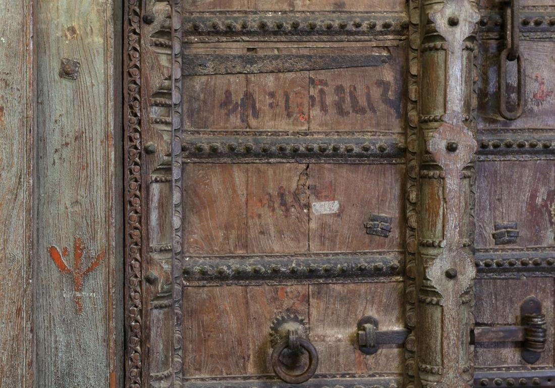 CARVED 19TH C DOUBLE DOORS & FRAME, COLUMNS, STONE - 5