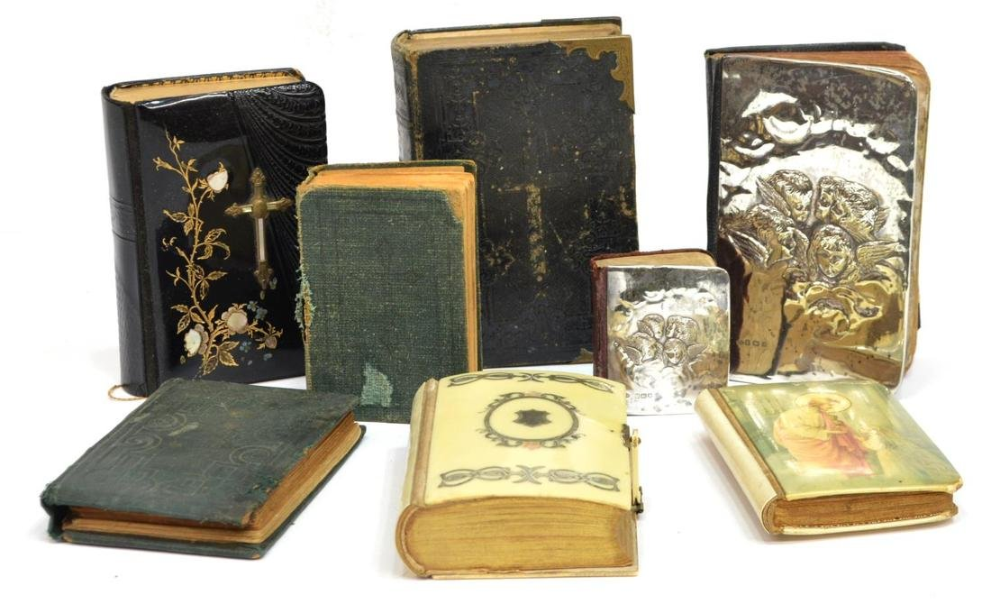 (8) COLLECTION OF MINIATURE DEVOTIONAL BOOKS