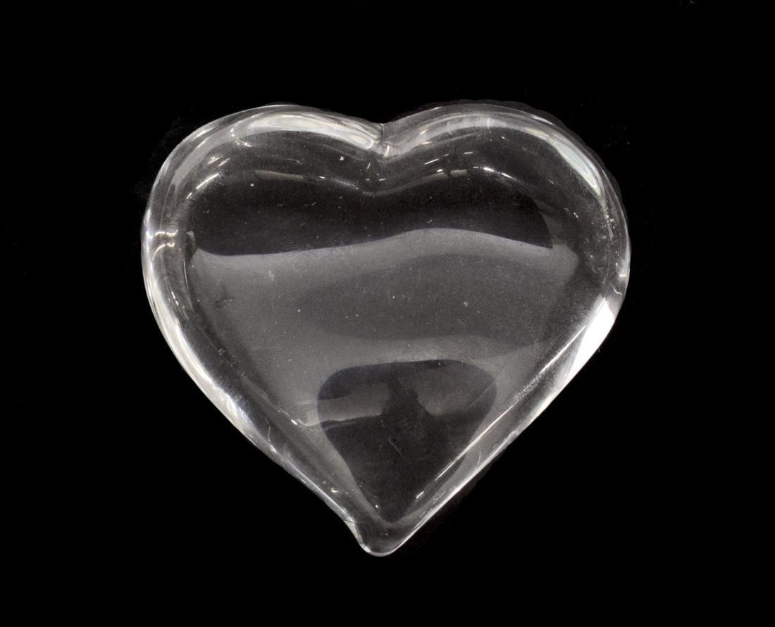 (6) STEUBEN & LALIQUE ART CRYSTAL HEART PAPERWEIGHTS - 3