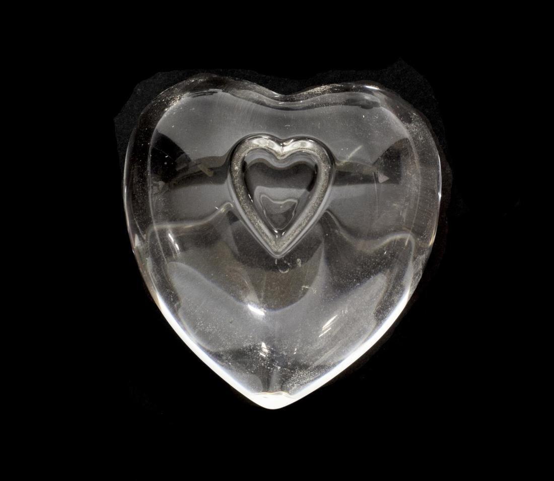 (6) STEUBEN & LALIQUE ART CRYSTAL HEART PAPERWEIGHTS - 4