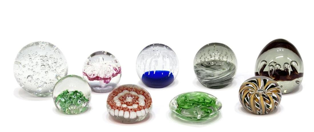 (9) COLLECTION OF ART GLASS PAPERWEIGHTS