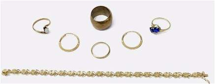 7 ESTATE 14KT GOLD SCRAP JEWELRY GROUP  METAL RING