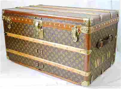 Louis Vuitton Trunk, serial # 743858 3 keys,