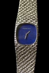 261: Gent's 18k white gold wrist watch, lapis