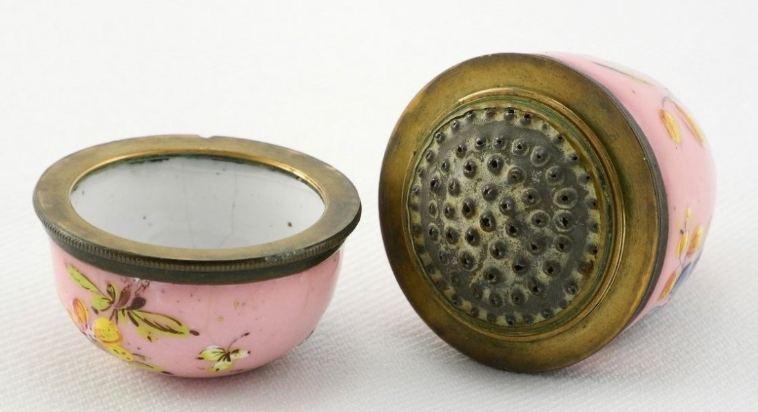 Pink Enamel Egg-shaped Nutmeg Grater decorated with - 3