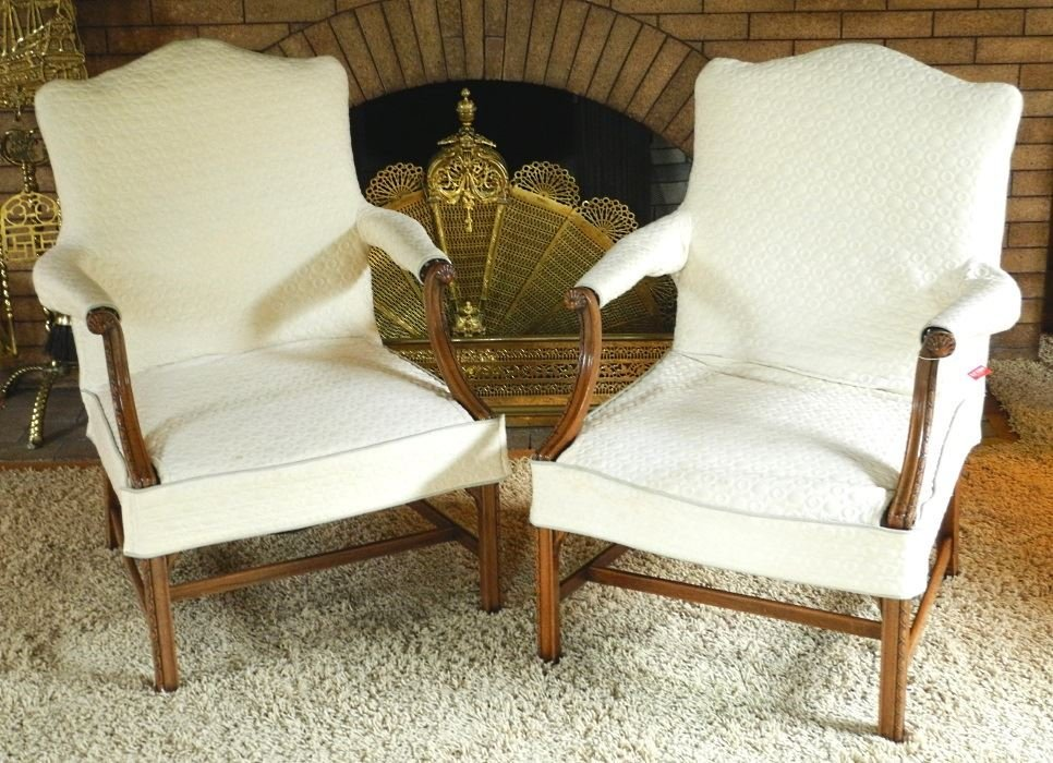Pair of Chippendale Style Mahogany Open Armchairs of - 6