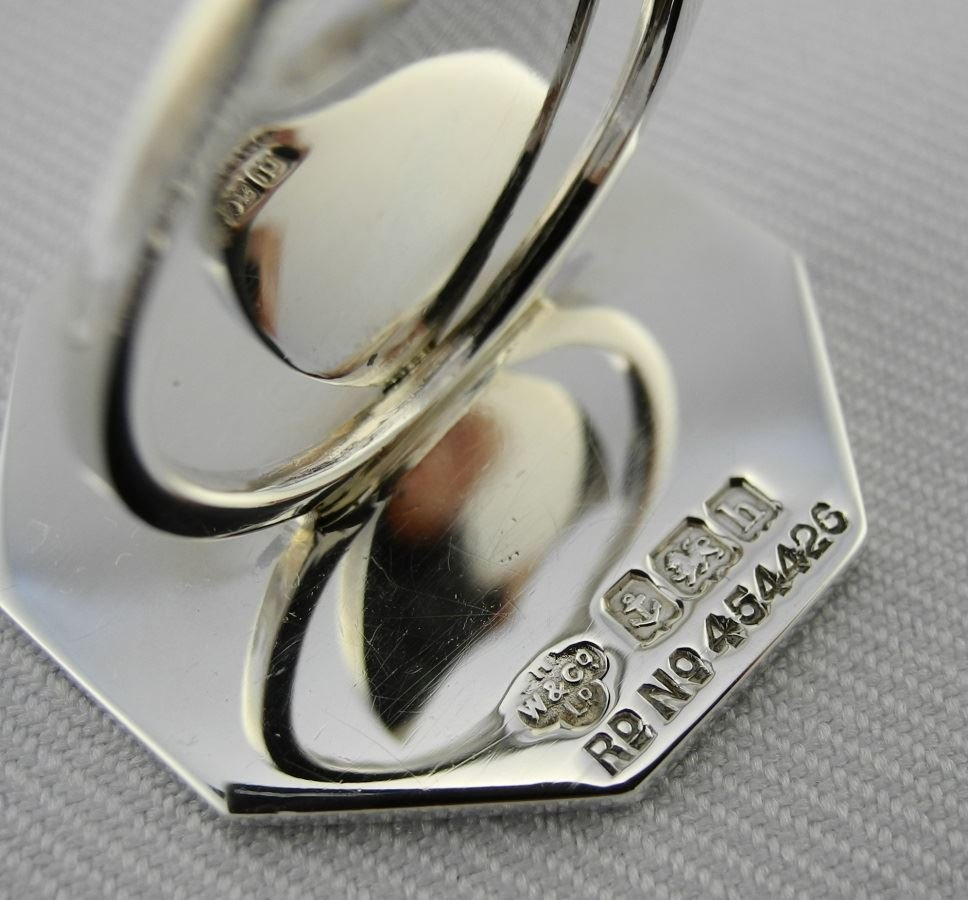 Cased set of Place Card Holders. - 5