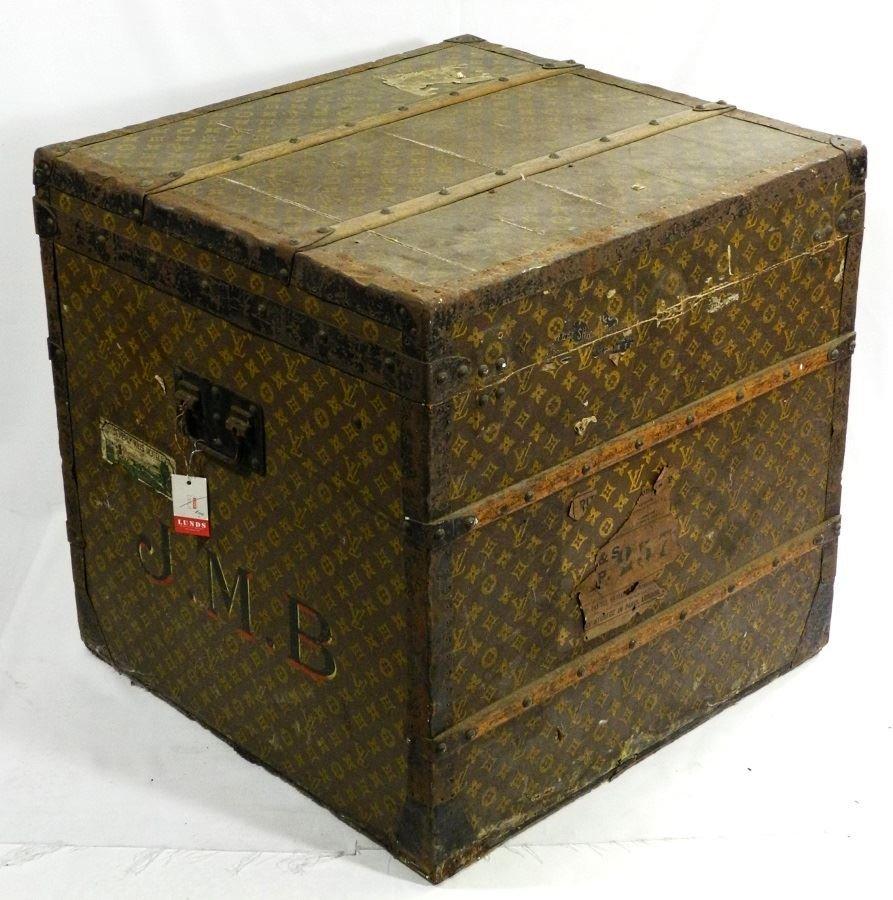 Vintage Louis Vuitton canvas logo steamer trunk, - 2