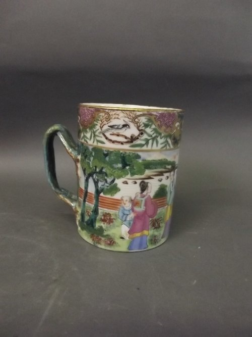 An early C19th Chinese Cantonese tankard painted in