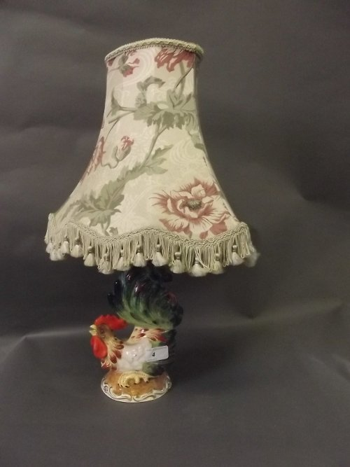 An Italian pottery table lamp in the form of a cockerel