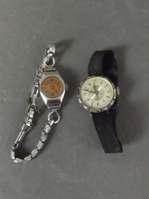 A 925 silver ladies cocktail wristwatch with a material