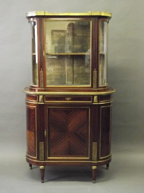 A fine late C19th French mahogany display cabinet in