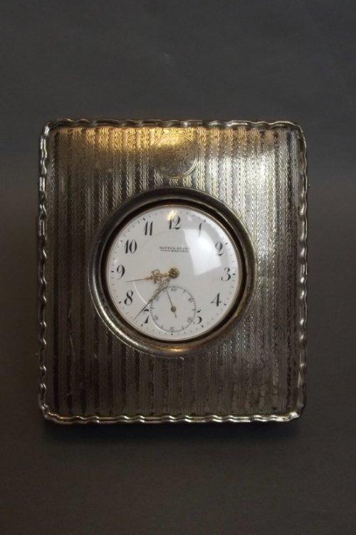 An 18ct gold pocket watch, marked 750, in a Hallmarked