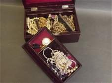 A small collection of costume jewellery to include a