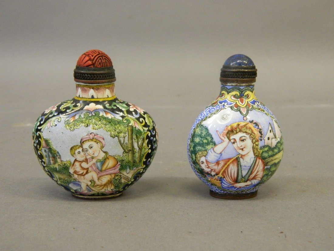 A Cantonese enamel snuff bottle with hand painted