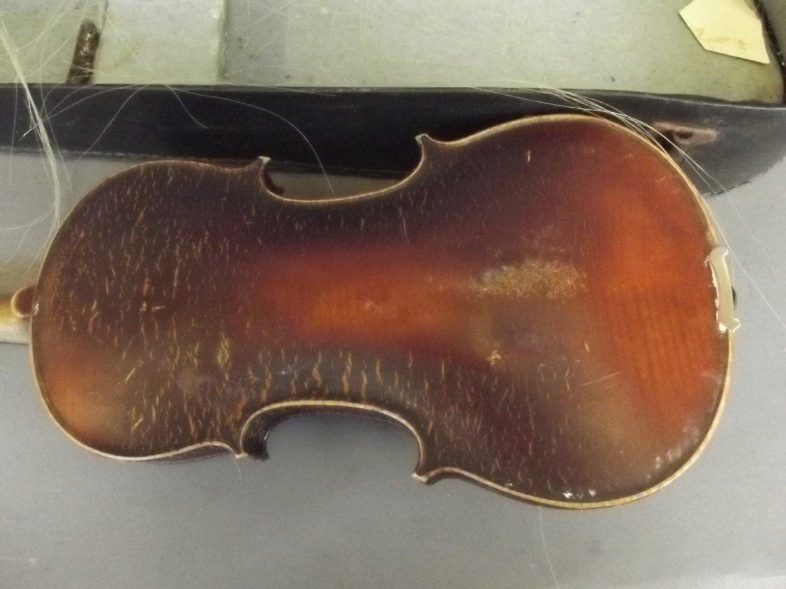 An early violin and bow with two piece back, in a case - 3