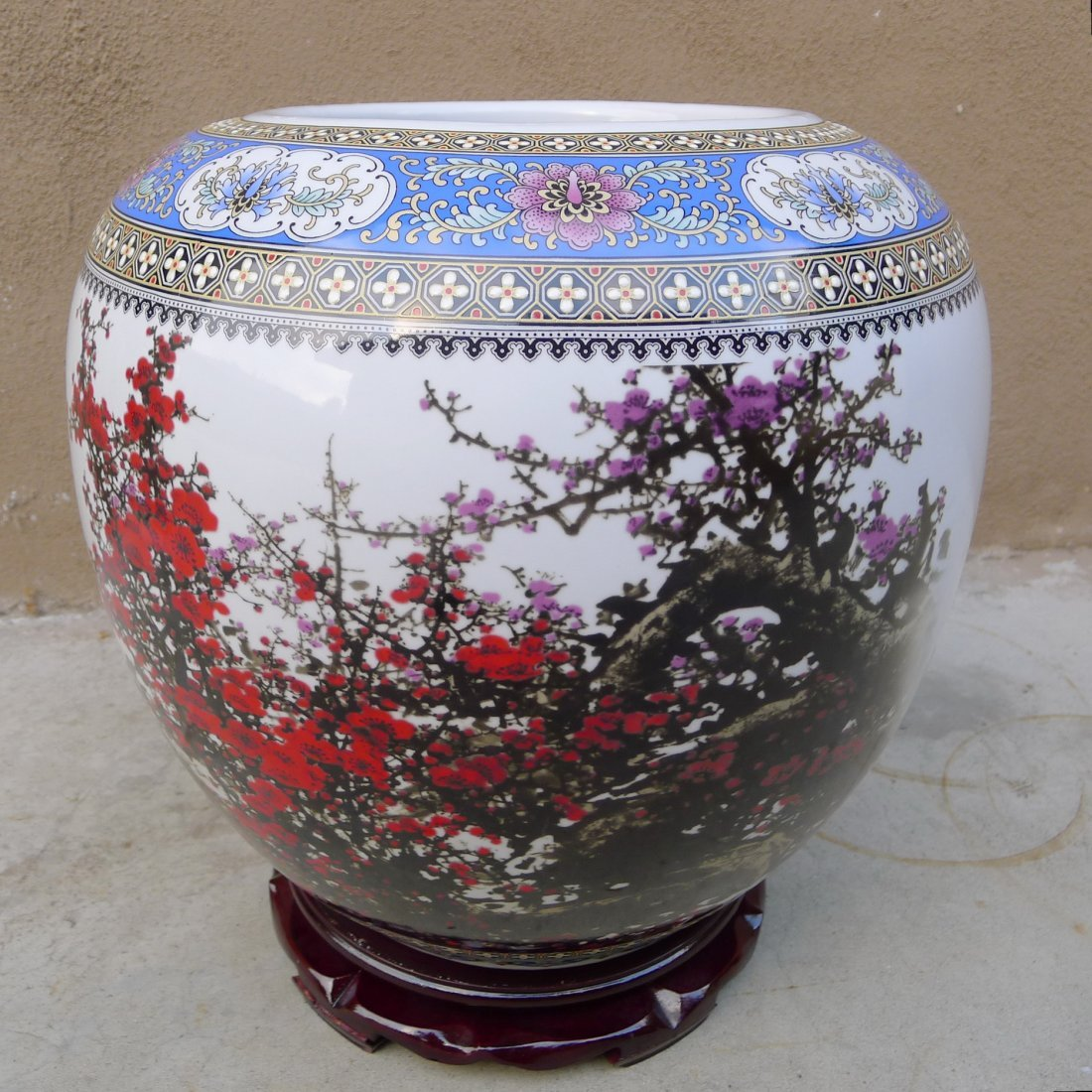 CHINESE FAMILLE ROSE BIG JAR