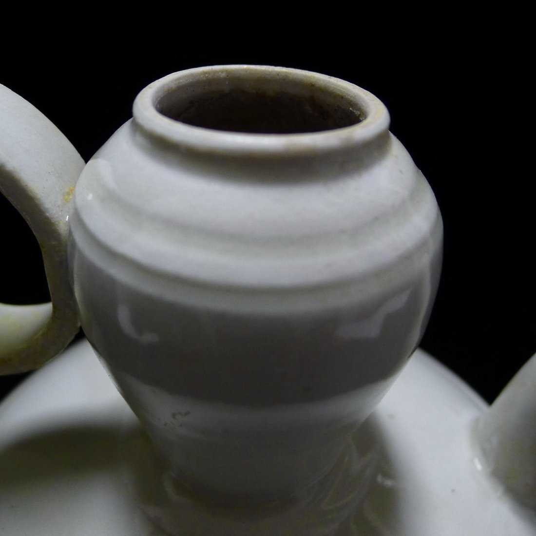 FIVE DYNASTY DING YAO CARVING EWER - 6