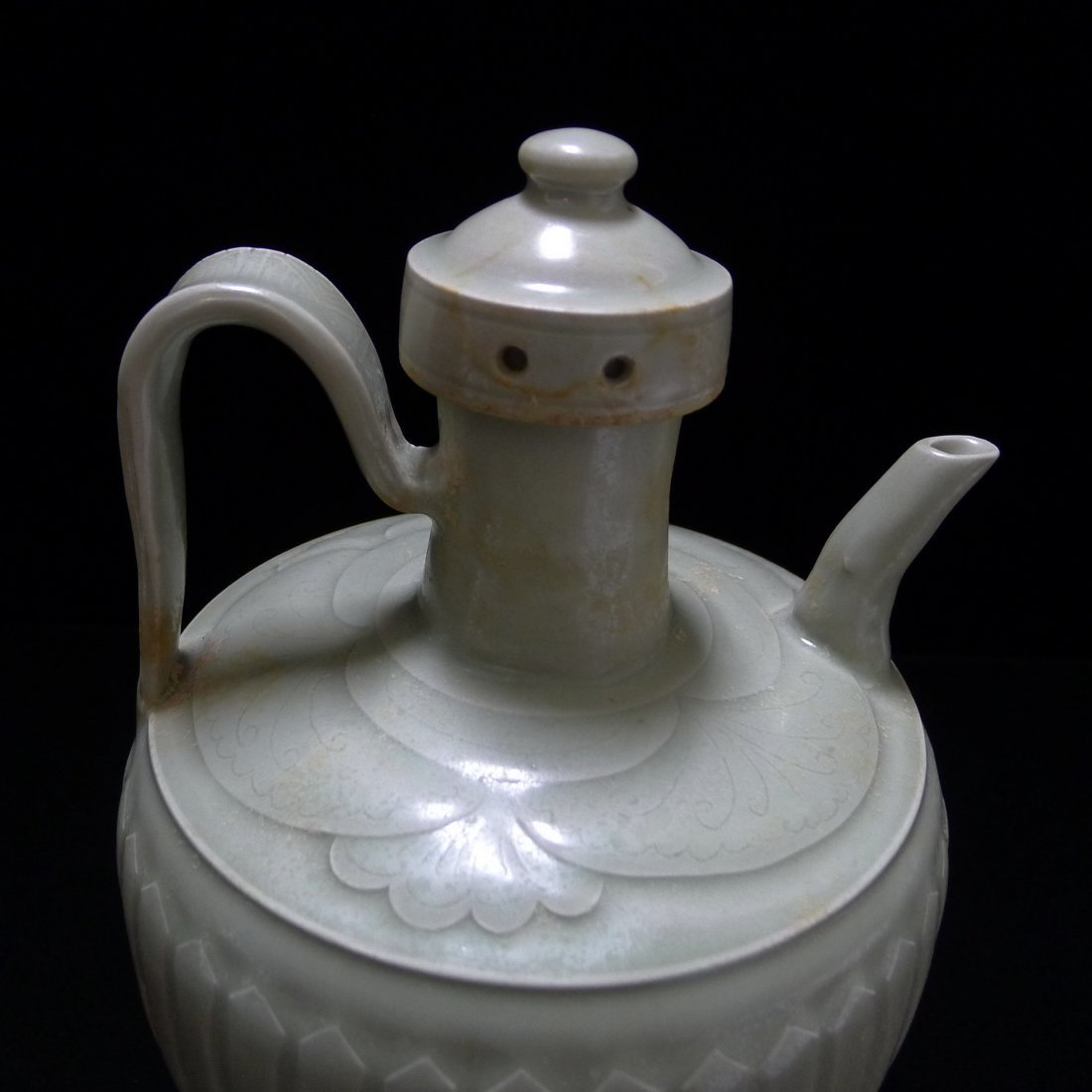 FIVE DYNASTY DING YAO CARVING EWER - 2