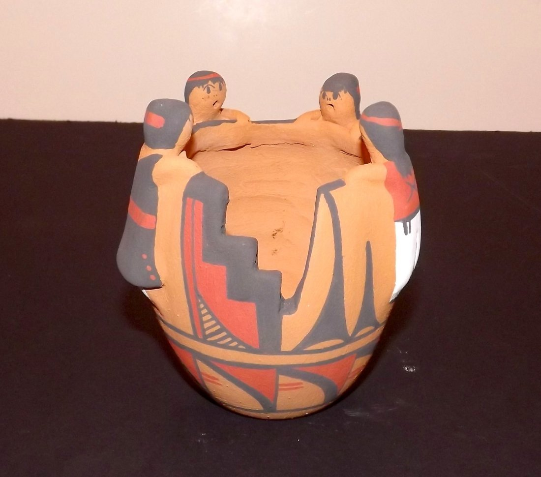 NATIVE AMERICAN JEMEZ FRIENDSHIP POT