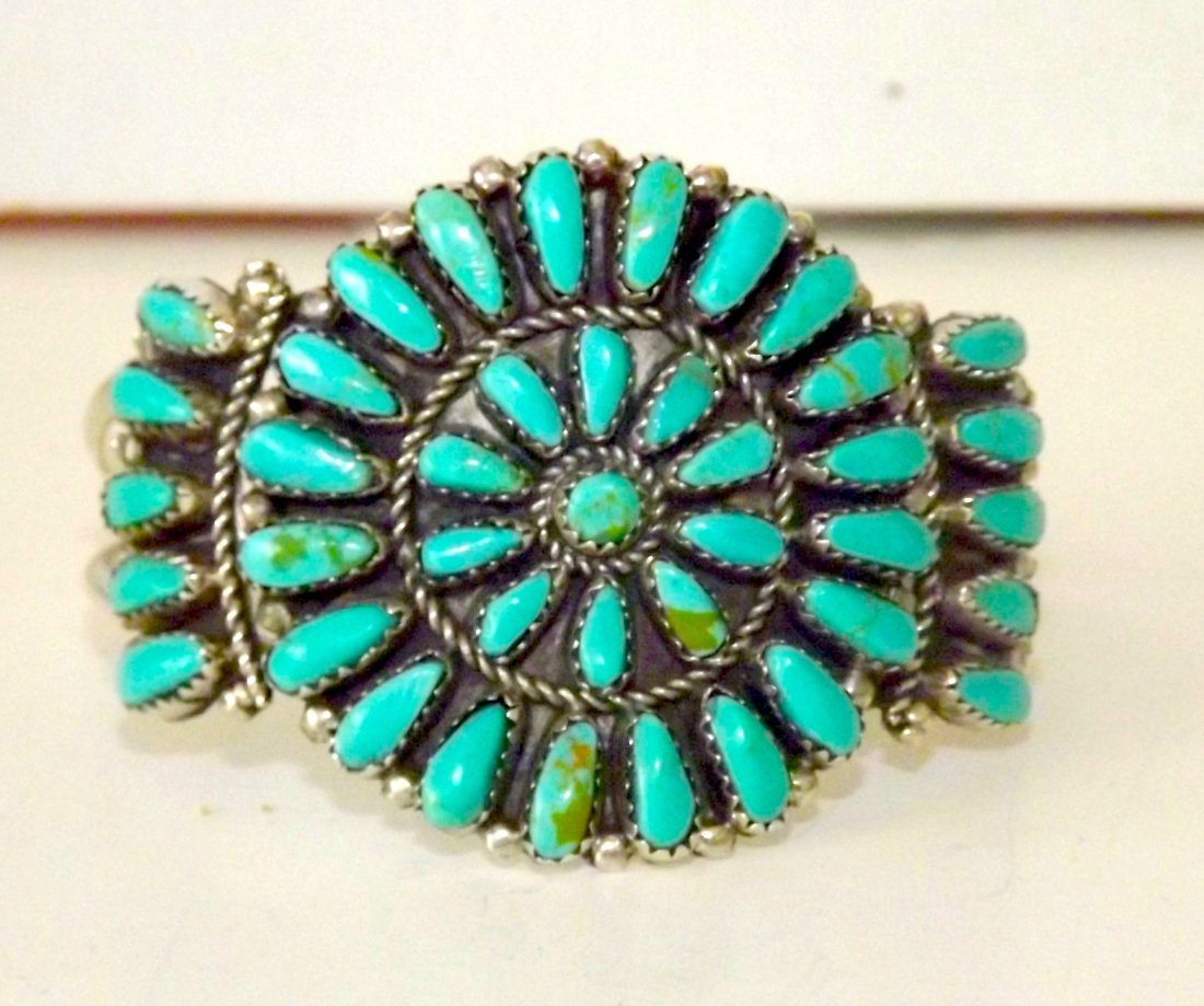OLD PAWN ZUNI TURQUOISE STERLING SILVER BRACELET