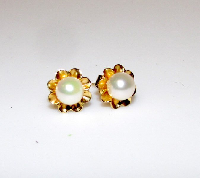 14K 585 Akoya Pearl Earrings